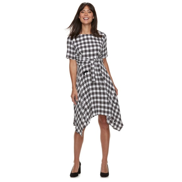 Elle Dresses & Skirts - NWT -Elle Women's Plaid Dress